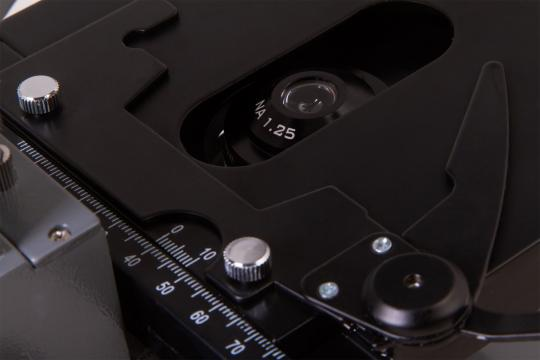 Микроскоп Levenhuk 320 BASE